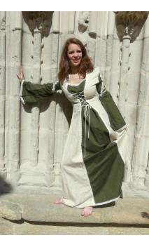 Robe Elizabeth