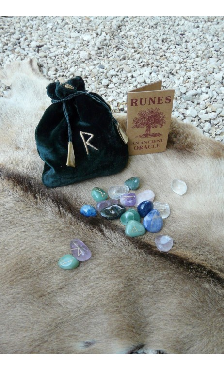 Runes Celtiques en pierres naturelles